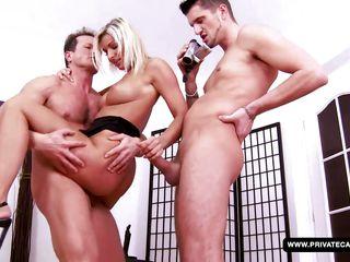 порно с двумя большими членами